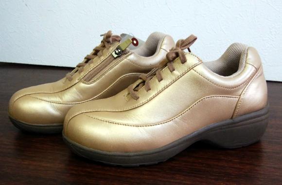 革靴のカラーチェンジ